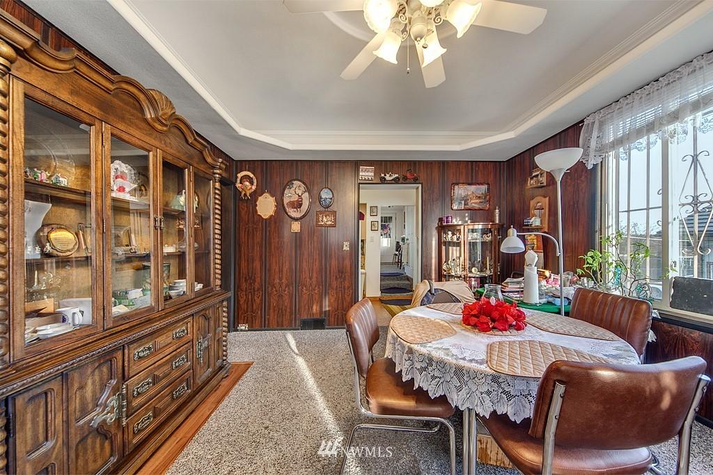 Sold Property | 3310 25th Avenue S Seattle, WA 98144 2