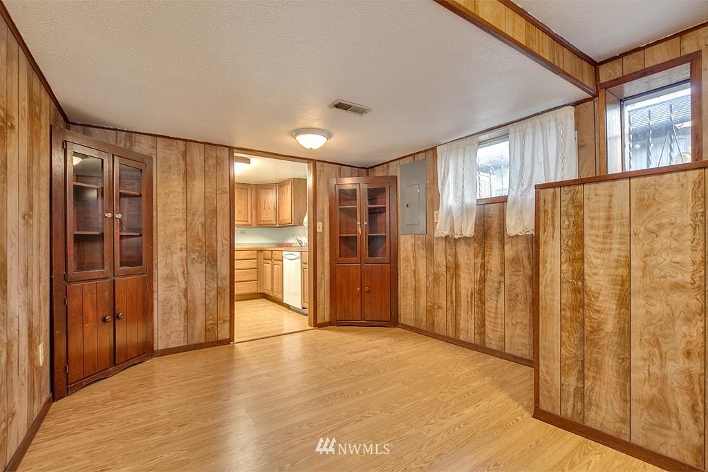 Sold Property | 3310 25th Avenue S Seattle, WA 98144 11