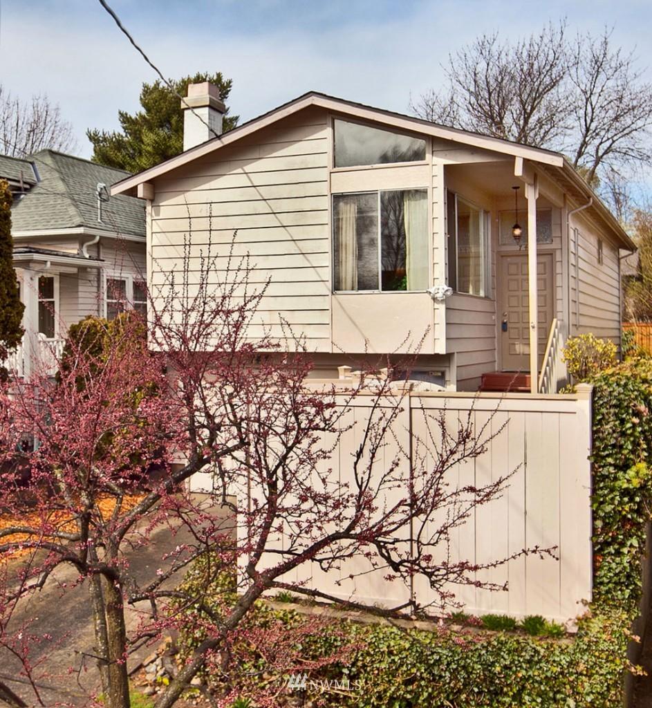 Sold Property | 744 N 82nd Street Seattle, WA 98103 0