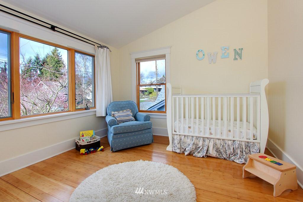 Sold Property   8222 Corliss Avenue N Seattle, WA 98103 11