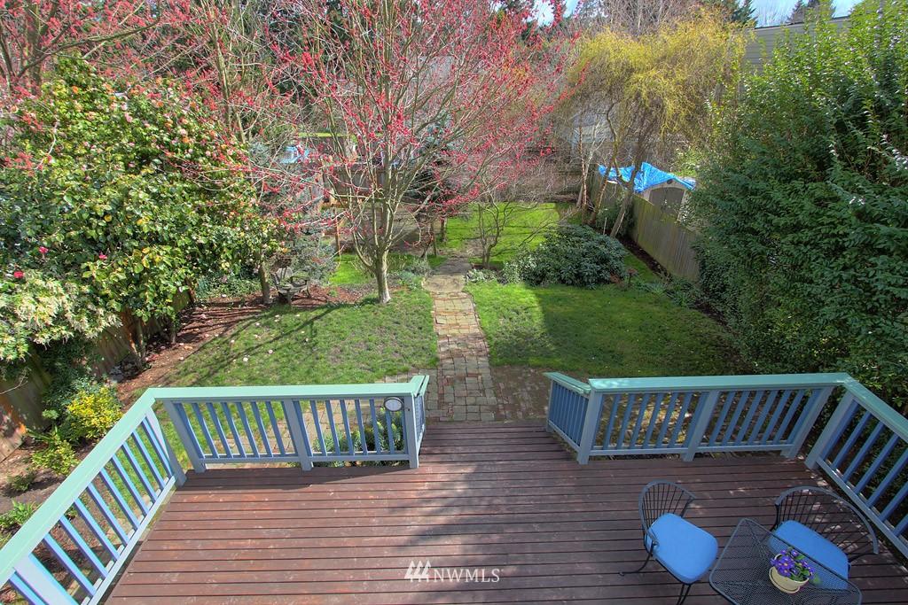 Sold Property   8222 Corliss Avenue N Seattle, WA 98103 14
