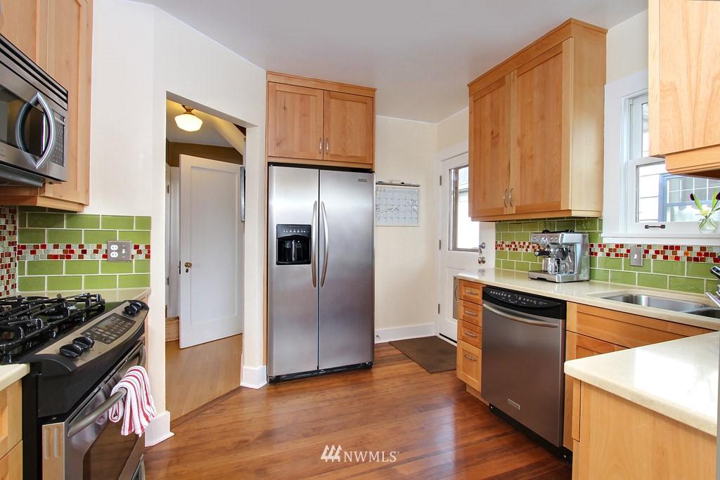 Sold Property | 7717 Dibble Avenue NW Seattle, WA 98117 5