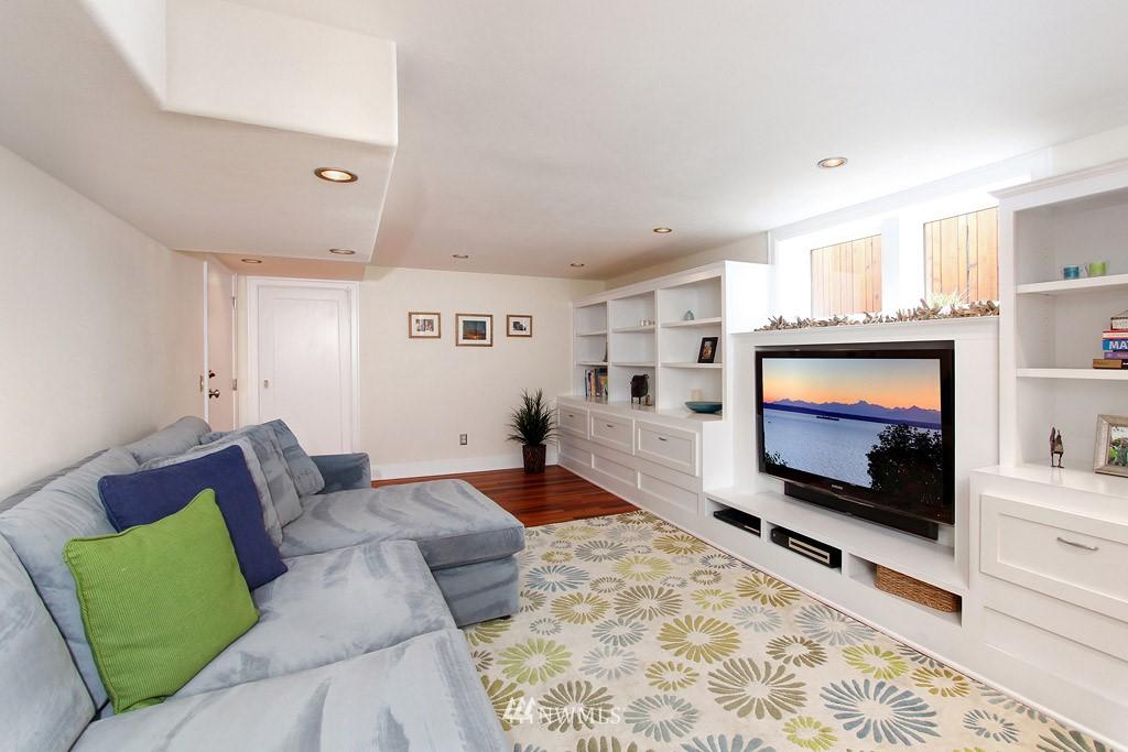 Sold Property | 7717 Dibble Avenue NW Seattle, WA 98117 11