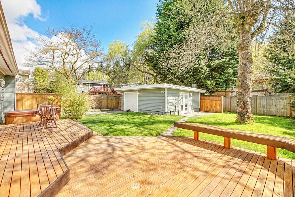 Sold Property   13344 20th Avenue NE Seattle, WA 98125 10