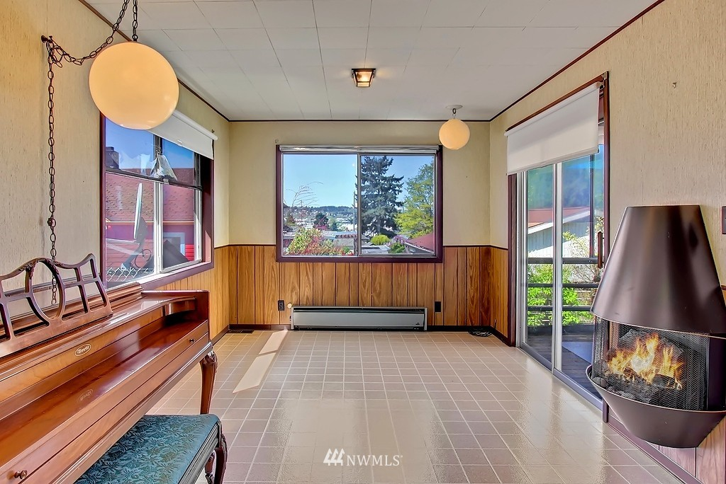 Sold Property | 4409 4th  Avenue NW Seattle, WA 98107 4