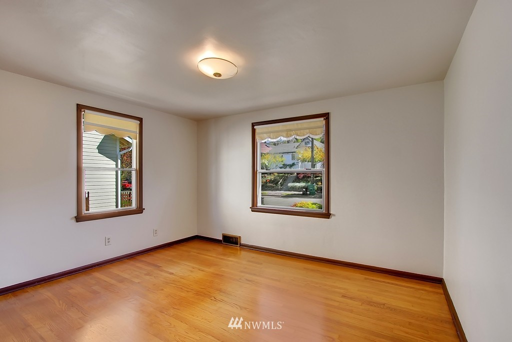 Sold Property | 4409 4th  Avenue NW Seattle, WA 98107 5