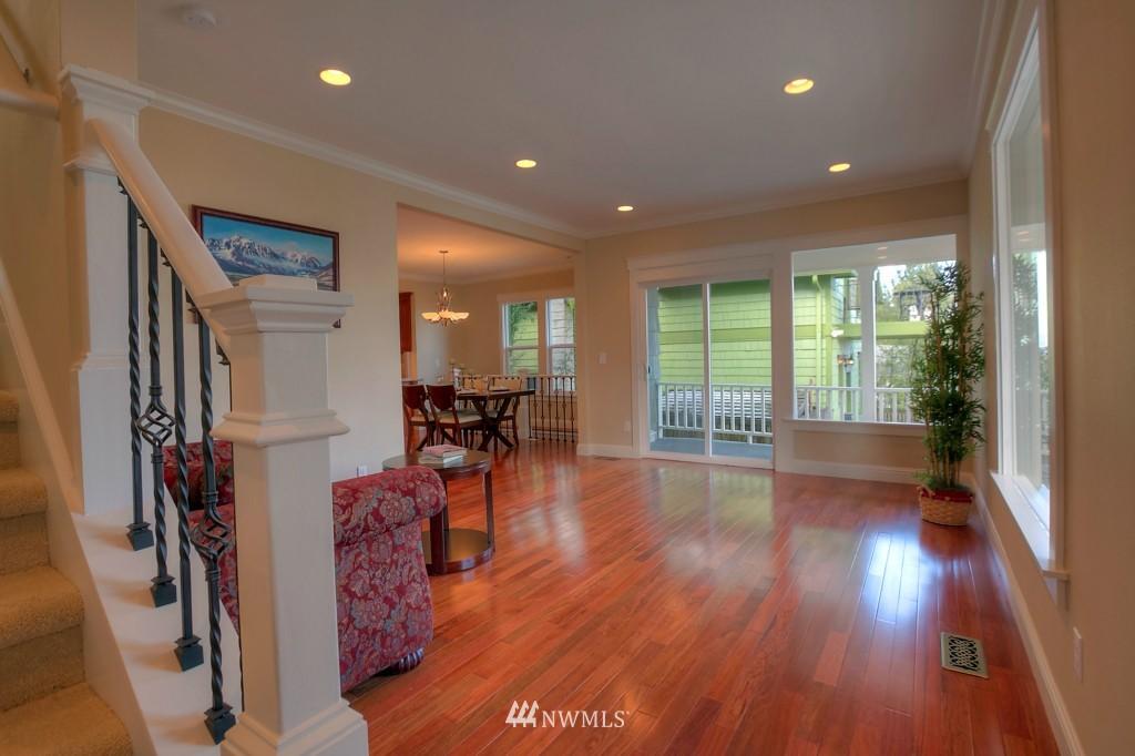 Sold Property | 321 N 49th Street Seattle, WA 98103 1
