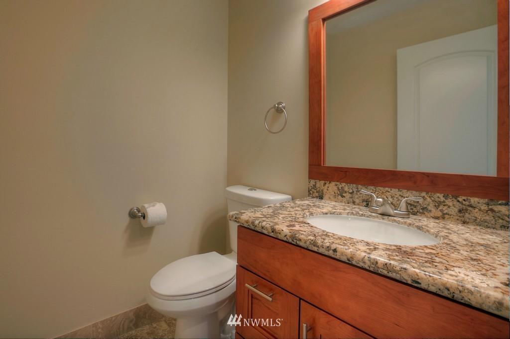 Sold Property | 321 N 49th Street Seattle, WA 98103 9