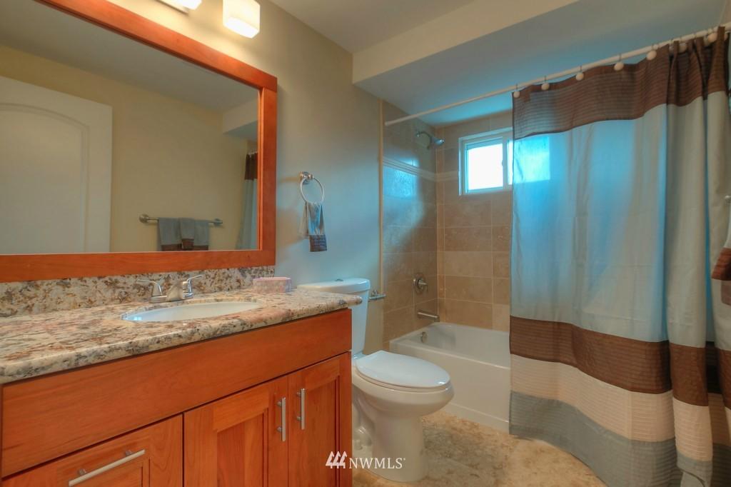 Sold Property | 321 N 49th Street Seattle, WA 98103 11