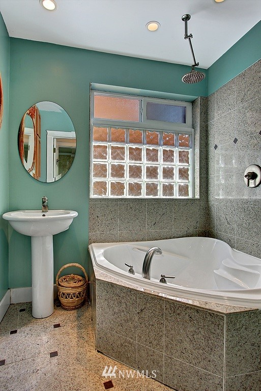 Sold Property | 539 N 73rd Street Seattle, WA 98103 1