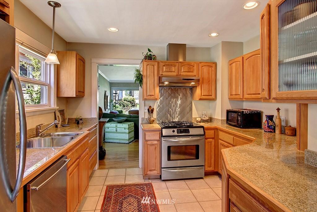 Sold Property | 539 N 73rd Street Seattle, WA 98103 2