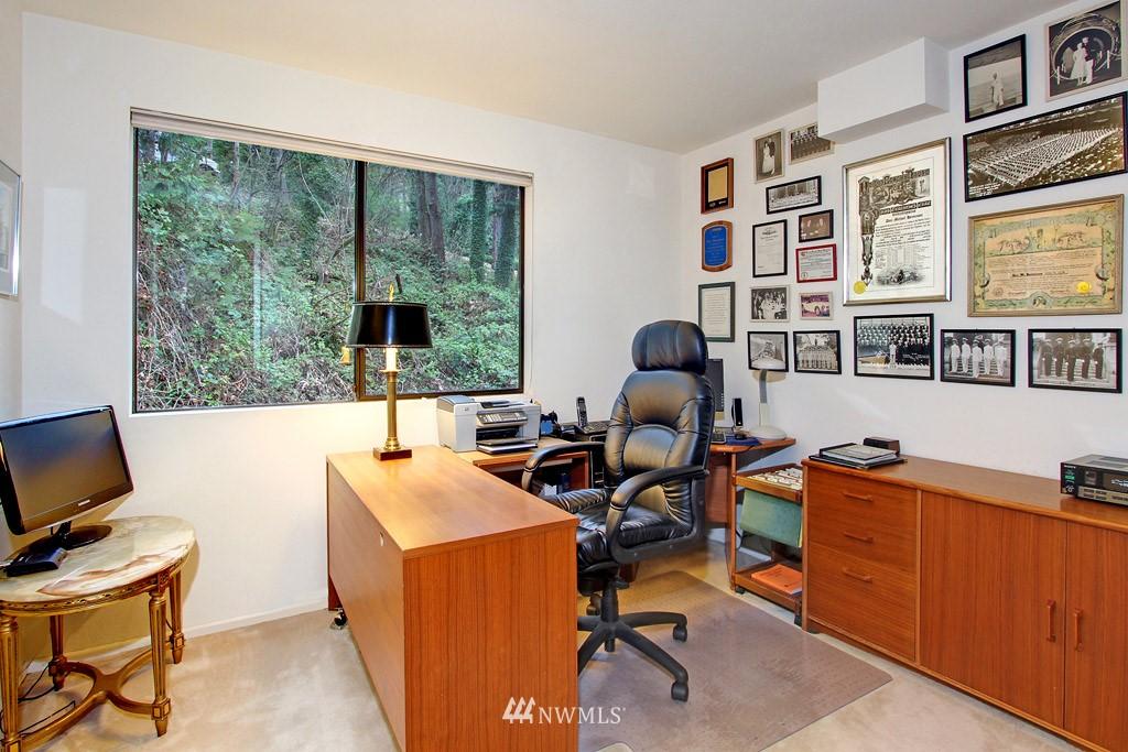Sold Property | 5808 E Mercer Way Mercer Island, WA 98040 7