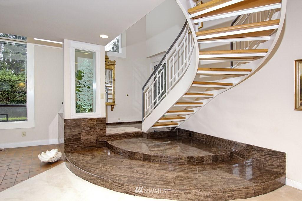 Sold Property | 5808 E Mercer Way Mercer Island, WA 98040 9