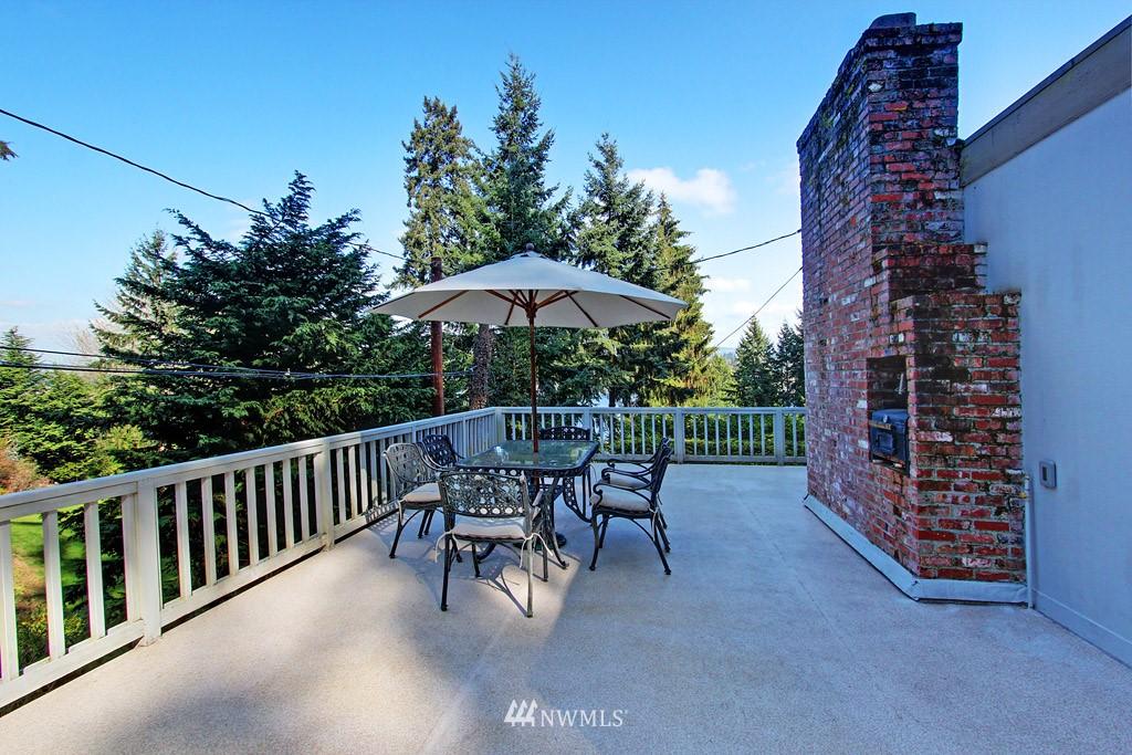Sold Property | 5808 E Mercer Way Mercer Island, WA 98040 13