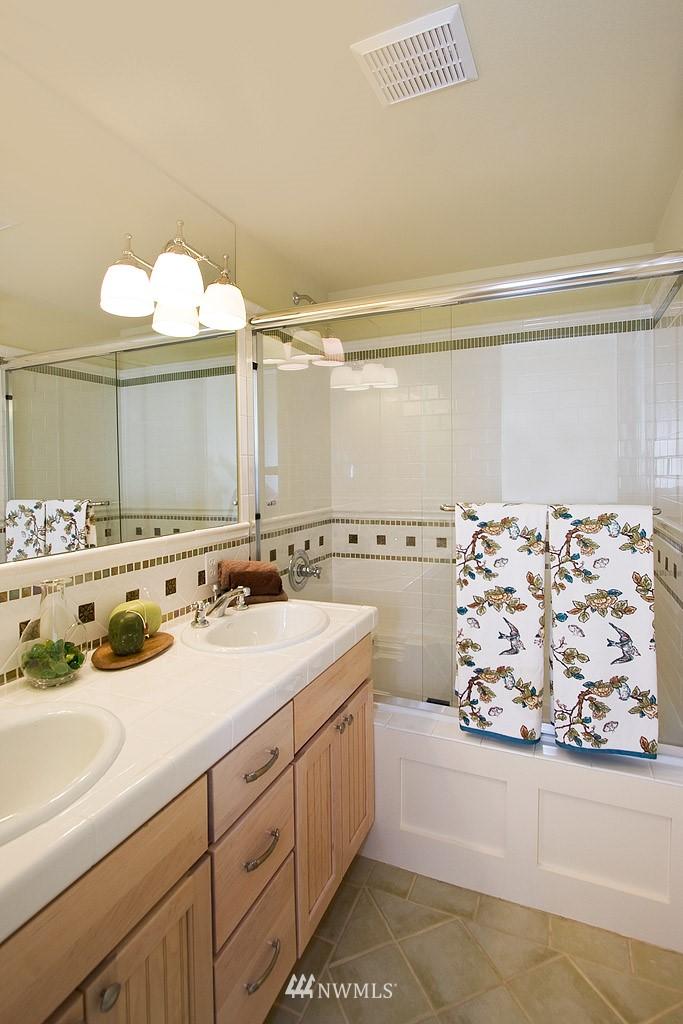 Sold Property   1619 E Fir Street Seattle, WA 98122 6