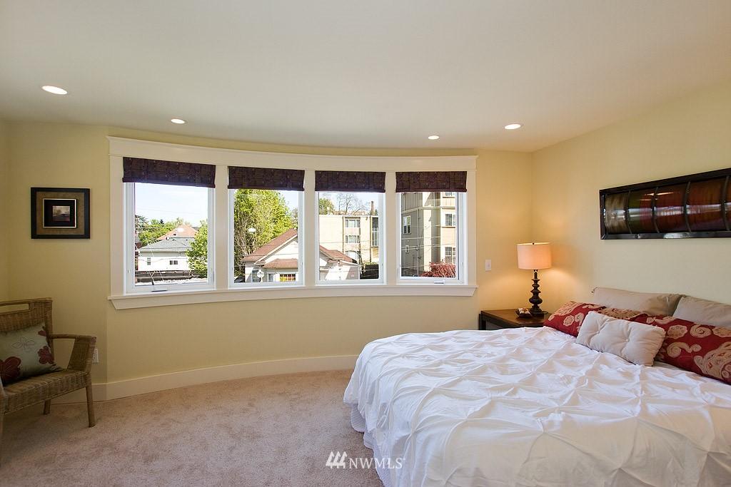 Sold Property   1619 E Fir Street Seattle, WA 98122 5
