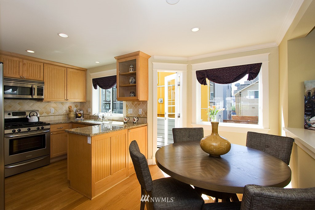 Sold Property   1619 E Fir Street Seattle, WA 98122 3