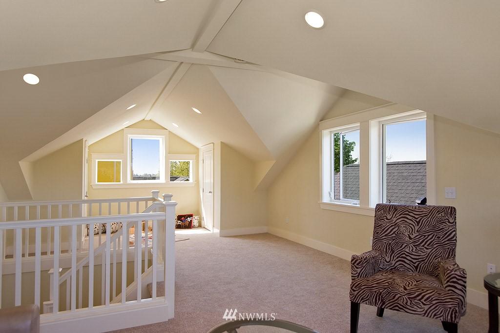 Sold Property   1619 E Fir Street Seattle, WA 98122 9
