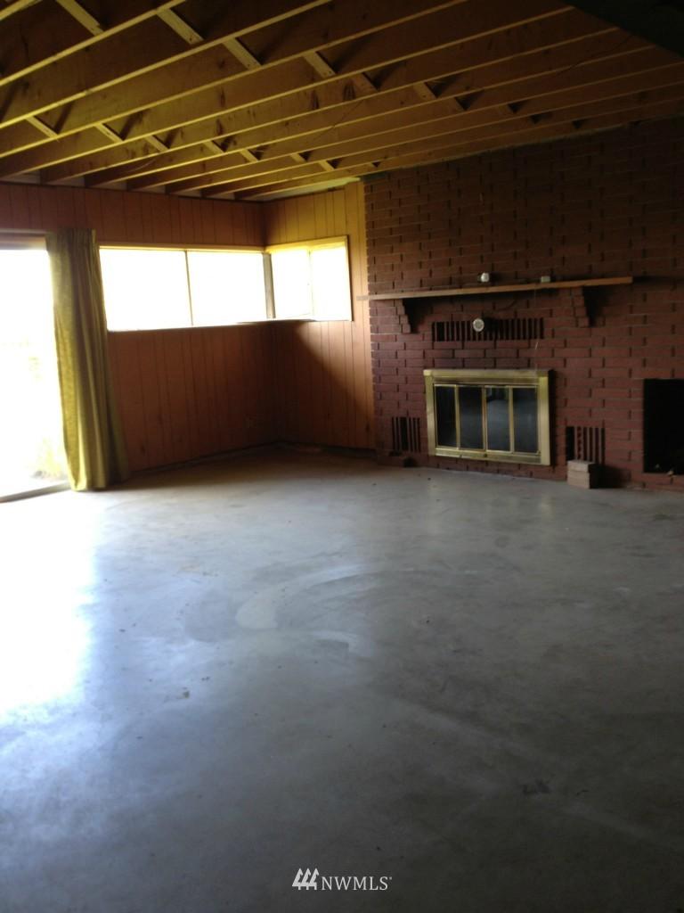 Sold Property | 7410 S 129th Street Seattle, WA 98178 4