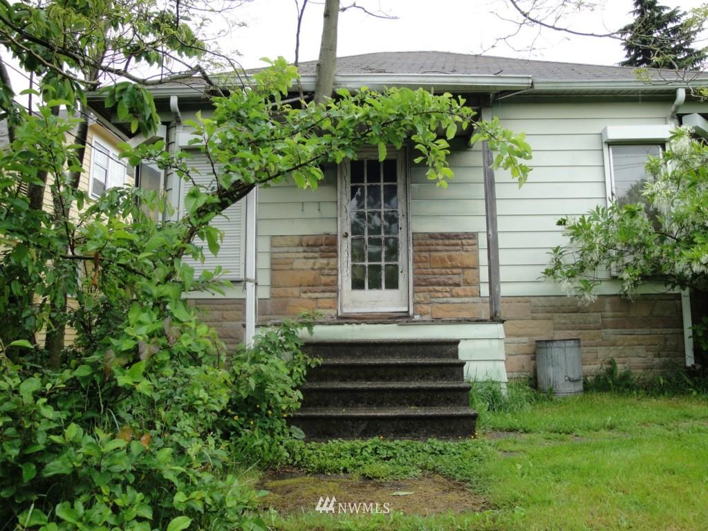 Sold Property | 2344 N 57th Street Seattle, WA 98103 8