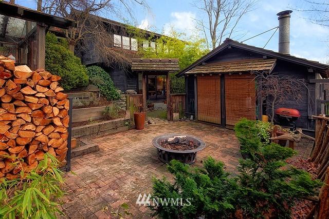 Sold Property | 415 26th Avenue E Seattle, WA 98112 14