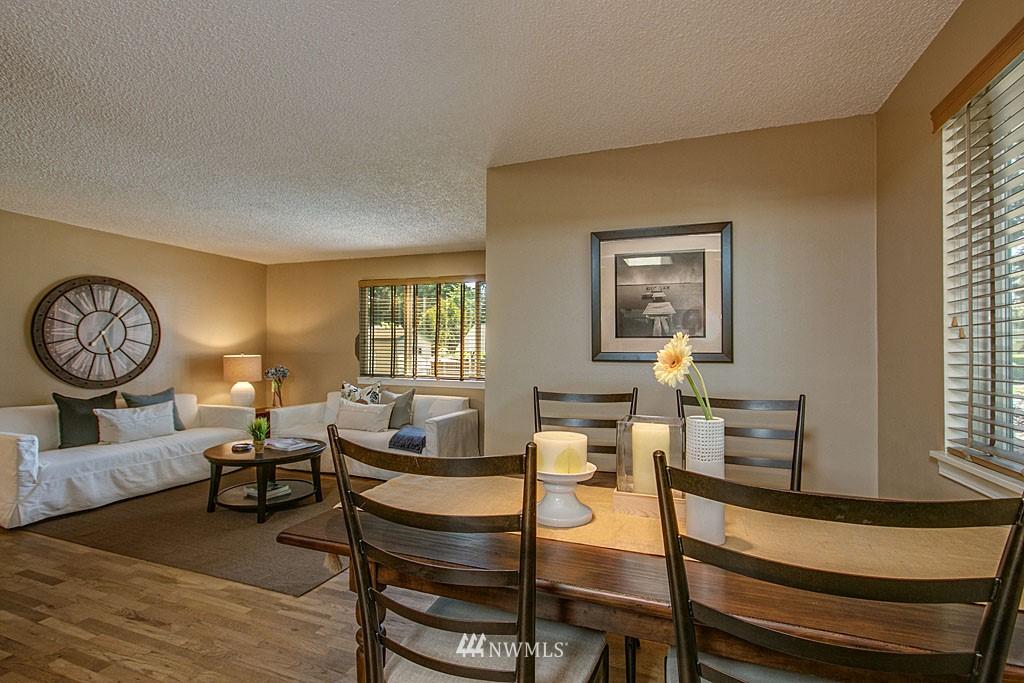 Sold Property | 13734 Stone Avenue N Seattle, WA 98133 3