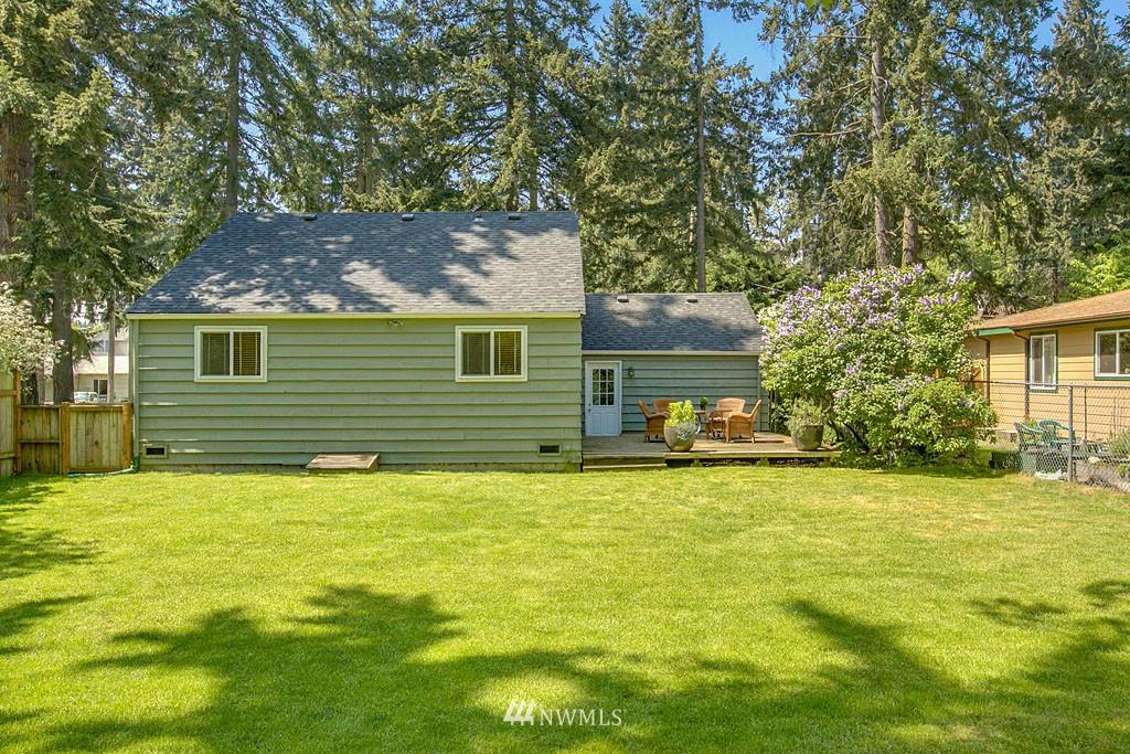 Sold Property | 13734 Stone Avenue N Seattle, WA 98133 14