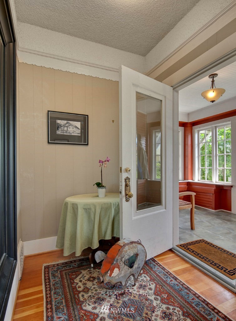 Sold Property | 418 N 61st Street Seattle, WA 98103 1
