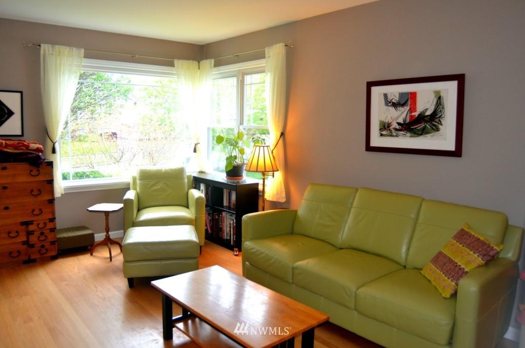 Sold Property | 7520 Earl Avenue NW Seattle, WA 98117 1