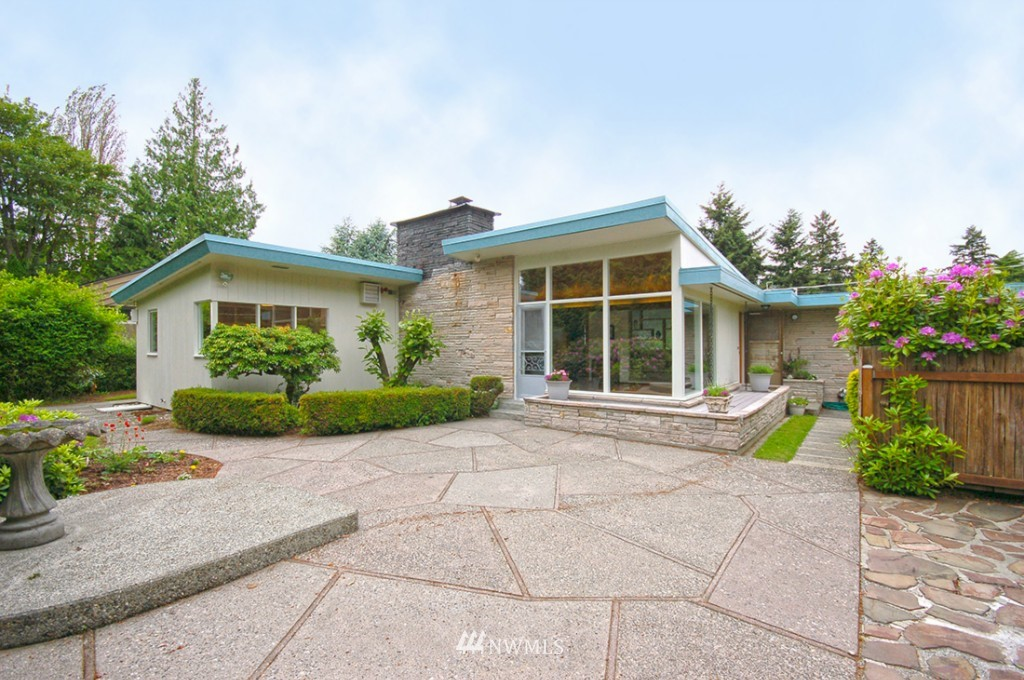 Sold Property   11521 Corliss Avenue N Seattle, WA 98133 0