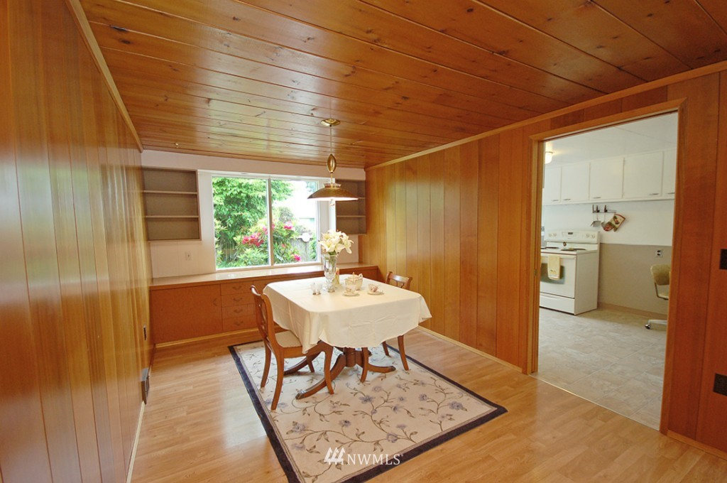 Sold Property   11521 Corliss Avenue N Seattle, WA 98133 7