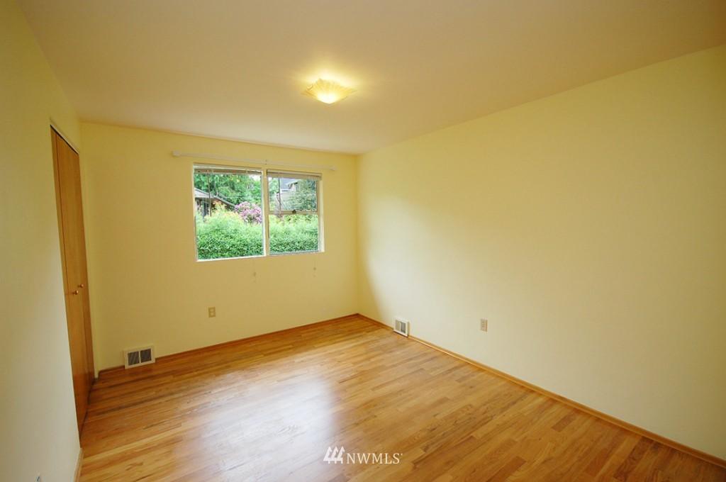 Sold Property   11521 Corliss Avenue N Seattle, WA 98133 12