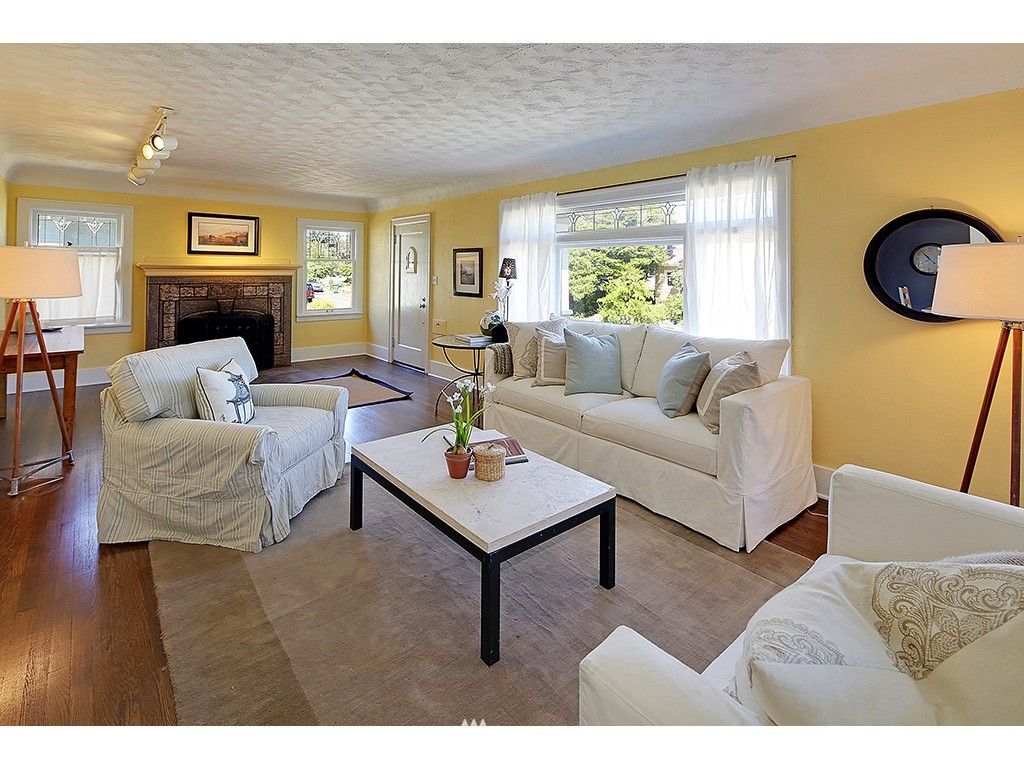 Sold Property   7033 22nd Avenue NW Seattle, WA 98117 1