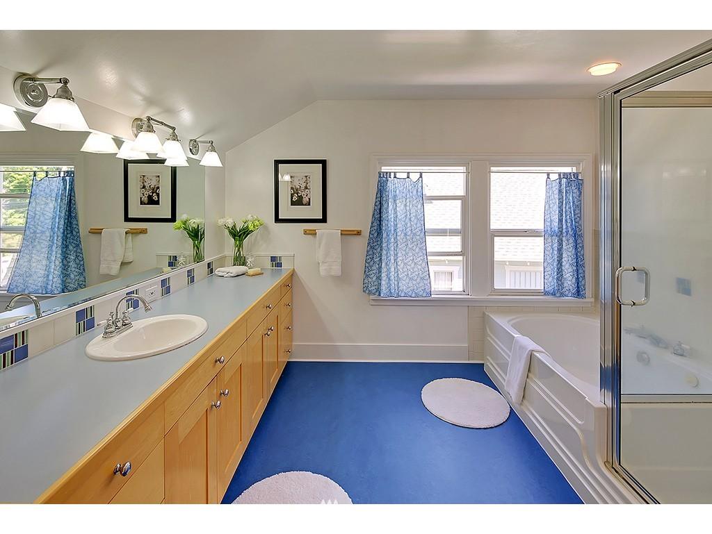 Sold Property   7033 22nd Avenue NW Seattle, WA 98117 8