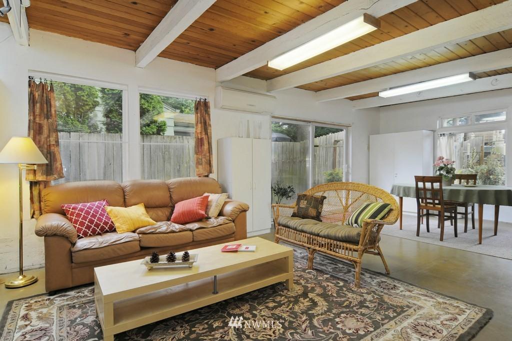 Sold Property | 415 NE 94th Street Seattle, WA 98115 8