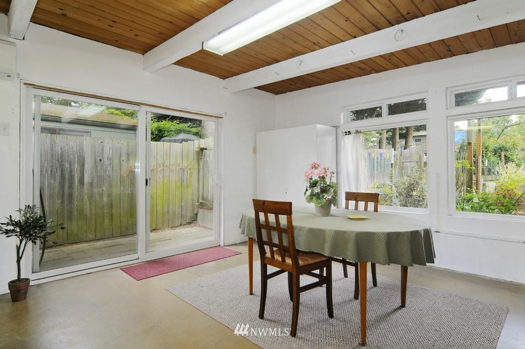 Sold Property | 415 NE 94th Street Seattle, WA 98115 10