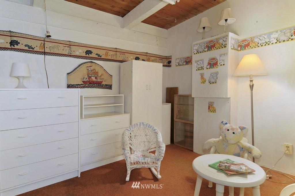 Sold Property | 415 NE 94th Street Seattle, WA 98115 11