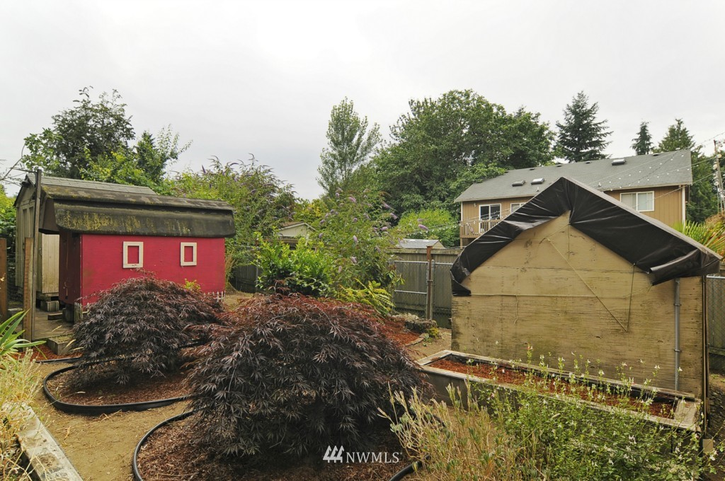 Sold Property | 415 NE 94th Street Seattle, WA 98115 14