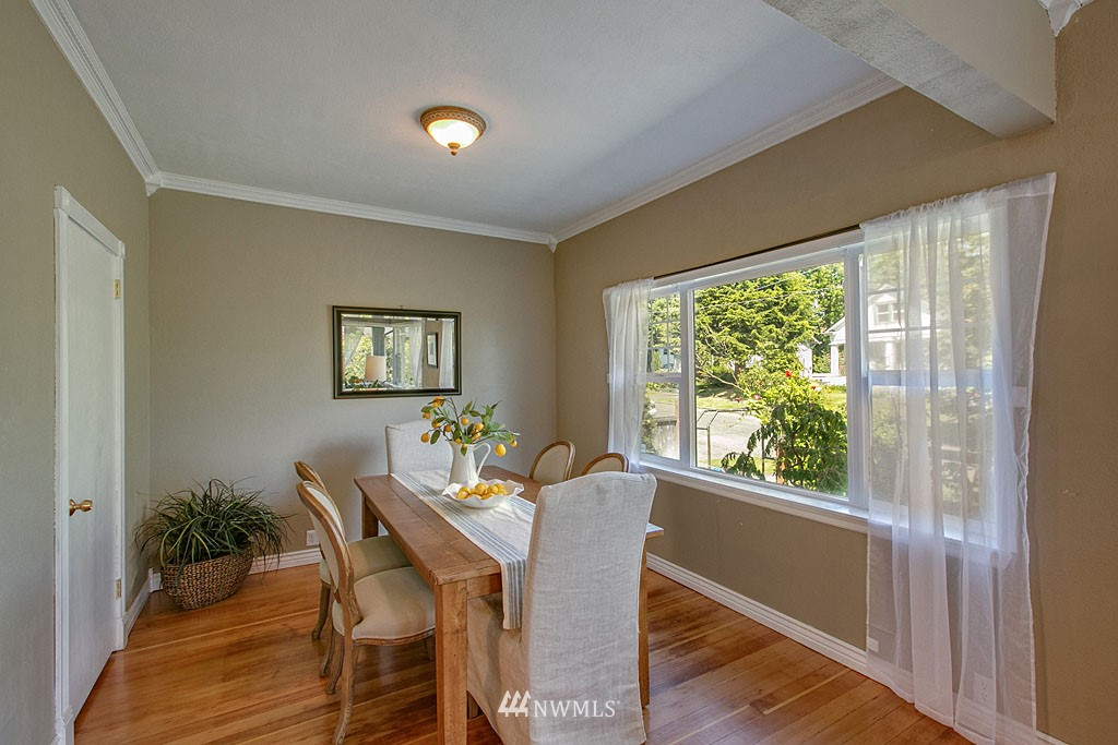 Sold Property | 1202 NW 70th Street Seattle, WA 98117 3