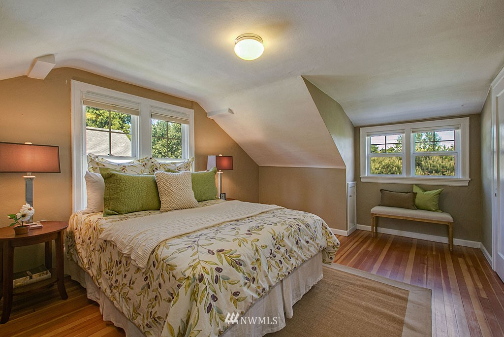 Sold Property | 1202 NW 70th Street Seattle, WA 98117 5