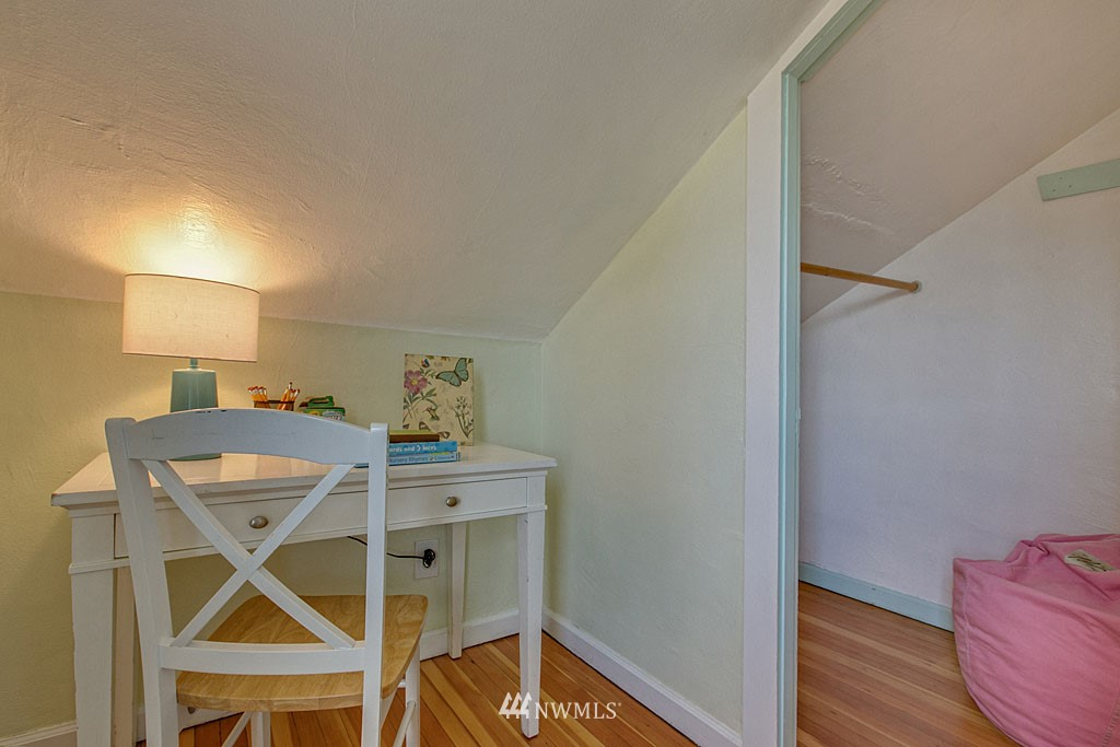 Sold Property | 1202 NW 70th Street Seattle, WA 98117 8
