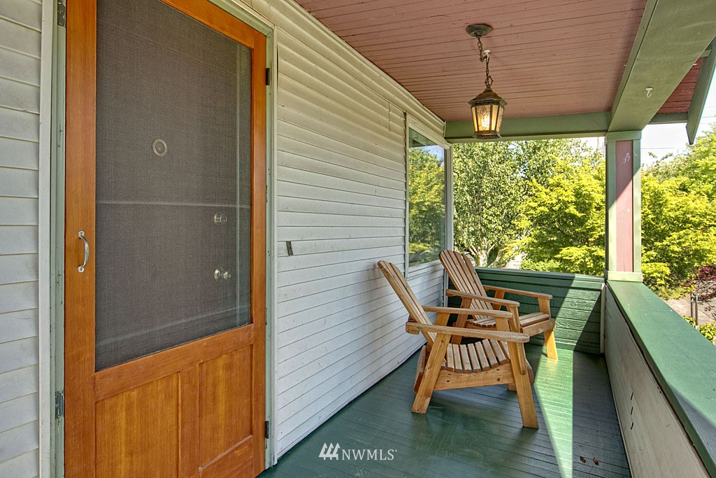 Sold Property | 1202 NW 70th Street Seattle, WA 98117 12