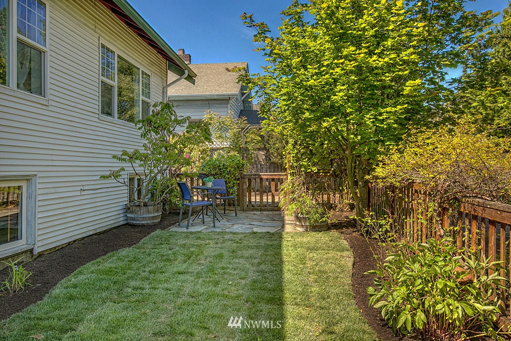 Sold Property | 1202 NW 70th Street Seattle, WA 98117 13