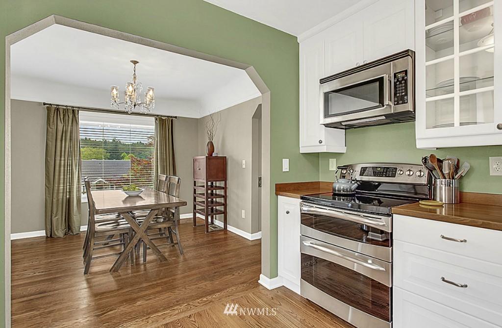 Sold Property   5518 Ashworth Avenue N Seattle, WA 98103 4
