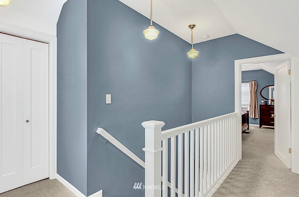 Sold Property   5518 Ashworth Avenue N Seattle, WA 98103 6
