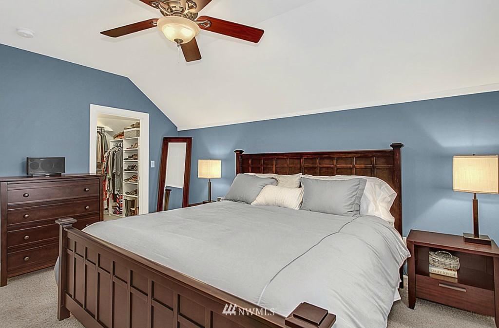 Sold Property   5518 Ashworth Avenue N Seattle, WA 98103 7