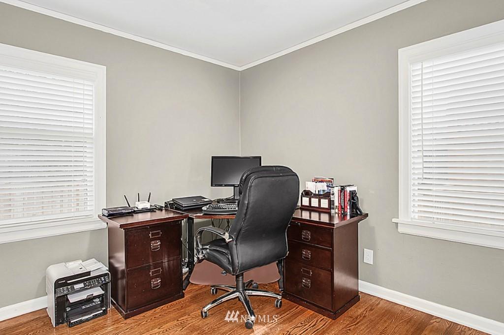 Sold Property   5518 Ashworth Avenue N Seattle, WA 98103 11