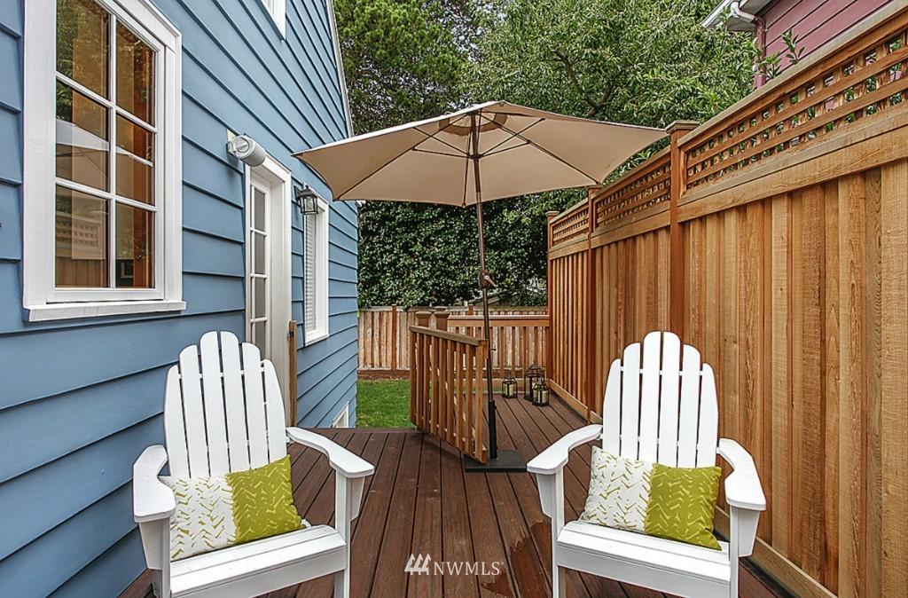 Sold Property   5518 Ashworth Avenue N Seattle, WA 98103 13