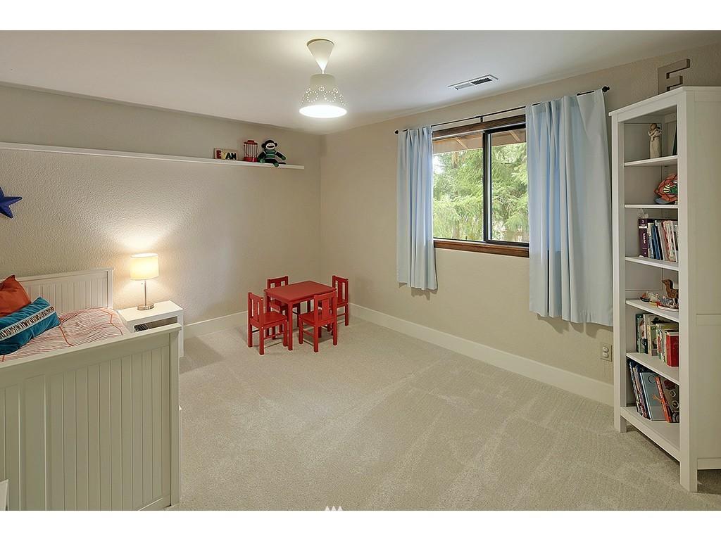 Sold Property   14917 164th Place SE Renton, WA 98059 12