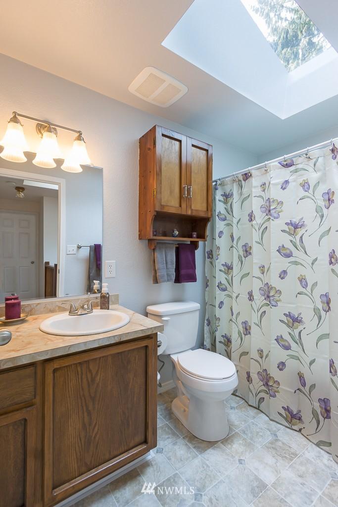 Sold Property   14703 Cascadian Way Lynnwood, WA 98087 12